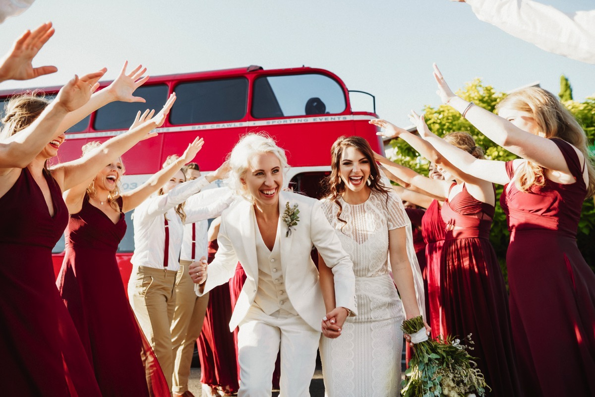 How to match your wedding style